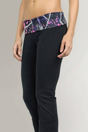 Muddy Girl Camo | Women's Pink Camo Yoga Pants Black